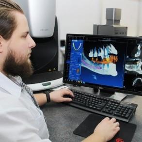Навигационная имплантация зубов